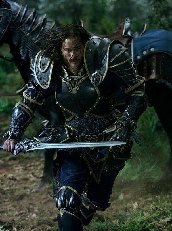 Ragnar Lothbrock - Anduin Lothar - Travis Fimmel.jpeg